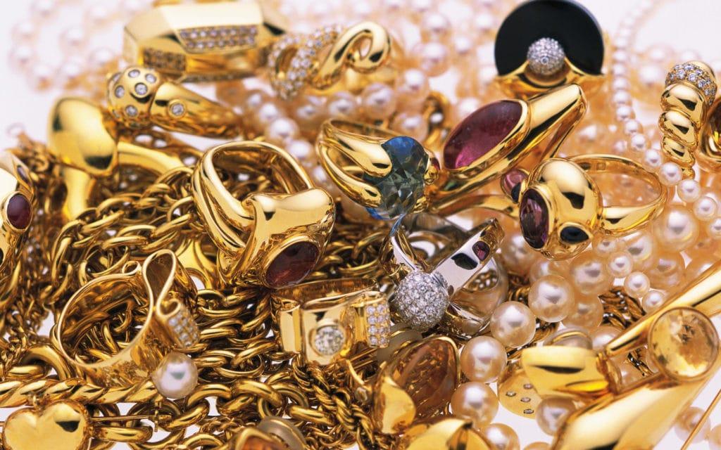 Intretinerea-bijuteriilor
