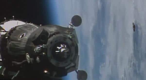obiect-misterios-langa-statia-orbitala-rusa-2