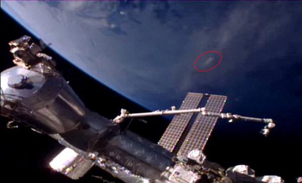 obiect-misterios-langa-statia-orbitala-rusa