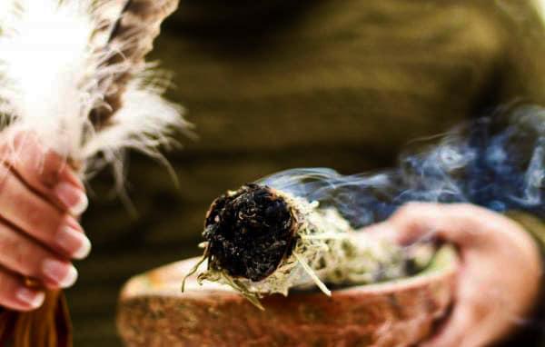 purificarea-energiilor-negative-din-casa