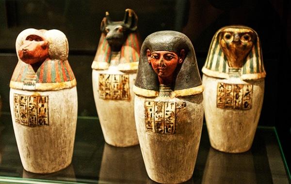 ritualul-mortilor-in-egiptul-antic-vase-canopice