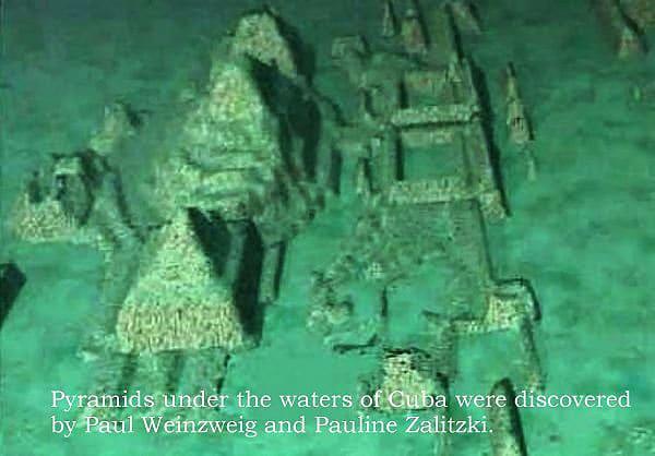 secretul-marelui-cristal-din-atlantida-piramide-subagvatice-in-triunghiul-bermudelor