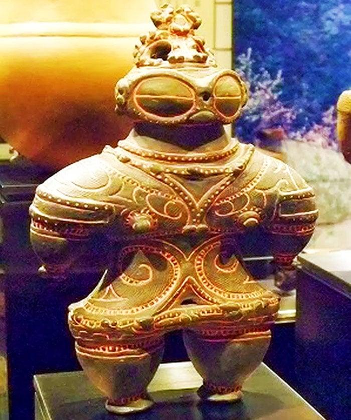 misterul-statuetelor-dogu-jomon