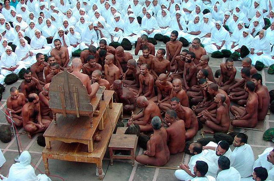 oamenii-din-cultul-digambara
