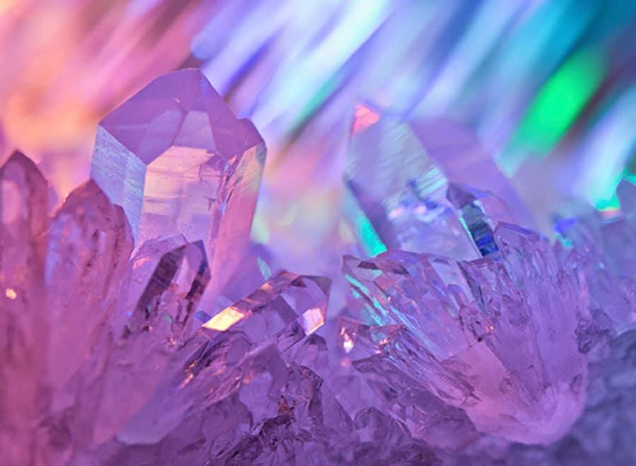 puterile-magice-ale-cristalelor