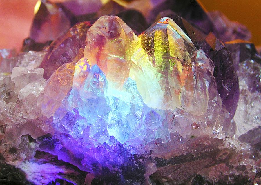 puterile-pietrelor-pretioase