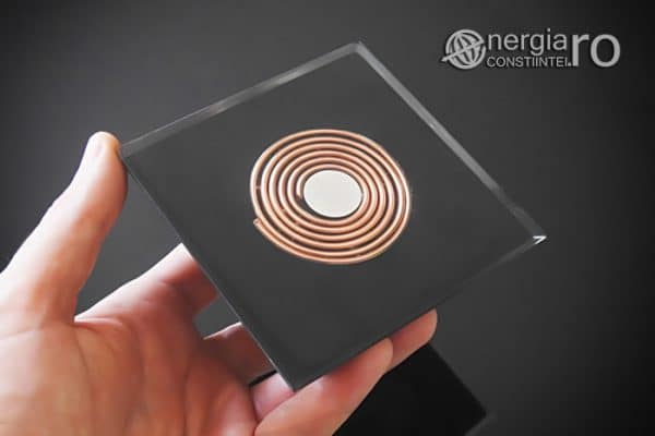 Piramida-Energetica-Orgonica-Magnetica-Orgon-Magnetic-Cristal-Cuart-Laptos-Cenusa-Vulcanica-Turmalina-ORG052-04