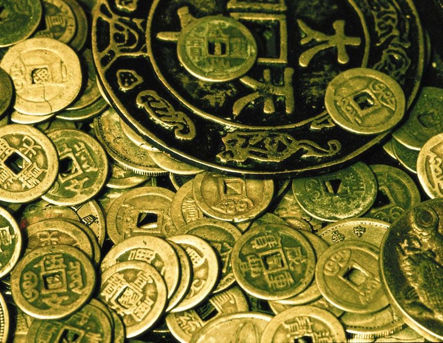moneda-sau-banut-aducator-de-noroc-simbolistica-semnificatie