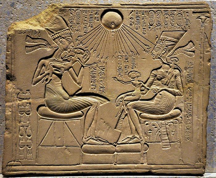 soarele-purtatorul-vietii-lumilor-ce-reprezinta-simbolizeaza-semnifica-inseamna-soarele-02