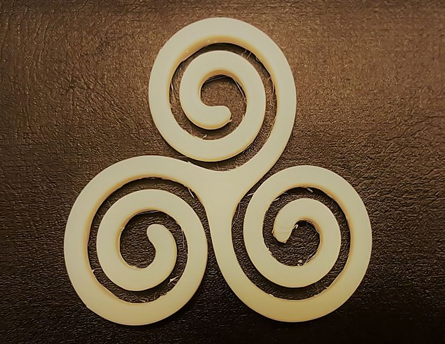 triskelion-sau-triskele-origine-insemnatate-simbolistica