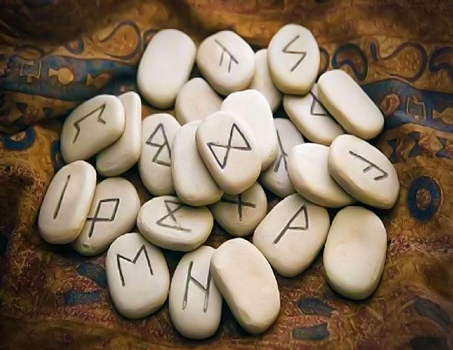 simbolistica-runelor-si-piatra-kesington